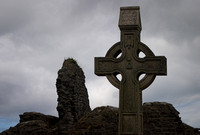 EX0526B-D02742 : A celtic cross at Donegal Friary and cemetery