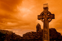 EX0526B-D02747 : A celtic cross at Donegal Friary and cemetery