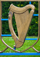 EX0518A-D01706 : Irish harp decoration on a railing in the Garden of Remembrance, Parnell Square, Dublin.