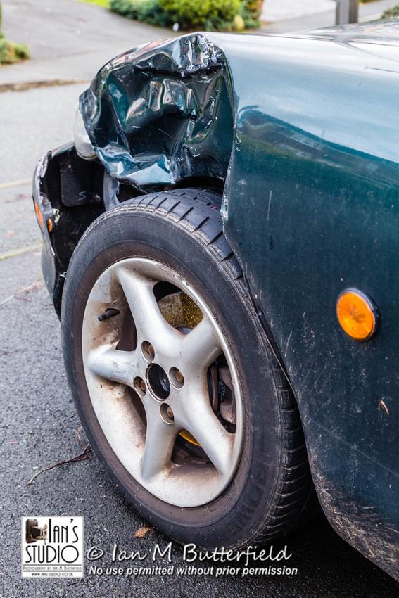 POTD Thu, 8 Jan 2015: Car Crash