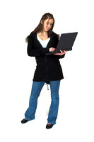 [EY0219B-D00694] A teenage girl / sudent with a laptop