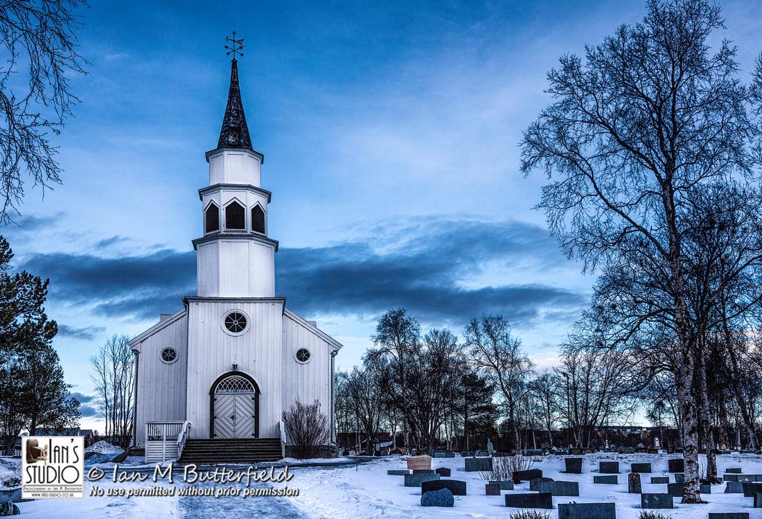 [Blog] Fri, 6 Mar 2015: Church in the Snow